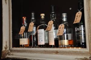 Linas_Rahmen und Flaschen